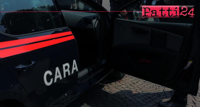 SANT'AGATA DI MILITELLO – Aggredisce la convivente con calci e pugni. La figlia minorenne e i vicini chiedono aiuto, arrestato 35enne.