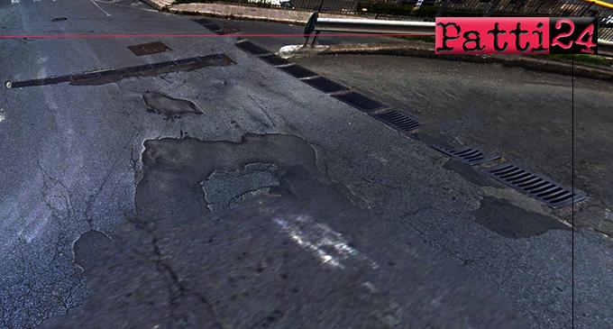 PATTI – Strade cittadine abbandonate. Degrado e evidente dissesto del manto stradale tra le vie Sant'Antonino e Fontanelle.