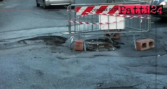 """PATTI – La Panda """"affossata"""" all'incrocio vie Sant'Antonino e Fontanelle non è riuscita a scuotere le coscienze"""