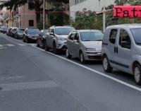 PATTI – I parcheggi realizzati in Corso Matteotti continuano a lasciare perplessi molti cittadini.