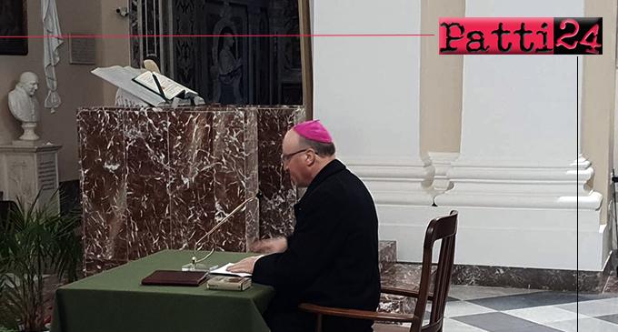 PATTI – Mons. Giombanco ha tenuto il ritiro spirituale di Avvento per i catechisti e gli insegnanti di Religione Cattolica della diocesi .