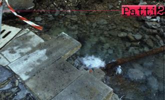 PATTI – Anno nuovo, rete idrica cittadina sempre più vetusta. Perdita d'acqua in via Verdi.