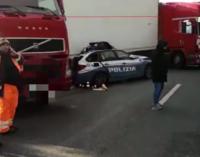 A18 – Incidente stradale sulla Messina-Catania, 3 morti tra cui un poliziotto in servizio e diversi feriti.
