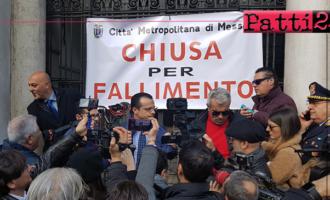 """MESSINA – """"Città Metropolitana di Messina chiusa per fallimento"""". De Luca pronto a consegnare la fascia azzurra al Prefetto"""