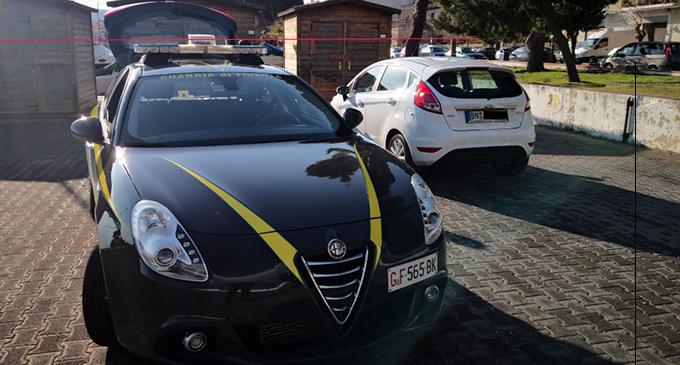 PATTI – Sequestrate 6 auto con targa estera.