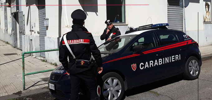 MESSINA – Bloccato mentre smontava i bulloni dei pneumatici con cerchioni in lega di una Mercedes.
