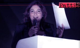 BROLO – Irene Ricciardello sventola il decreto del Ministro dell'interno con parere favorevole per l'approvazione dei bilanci pluriennali.