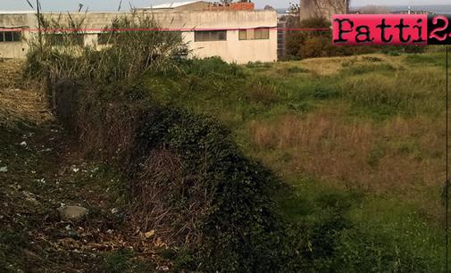 PATTI – Abbandono dei rifiuti in strada. Il contributo di una lettrice per sensibilizzare l'opinione pubblica.