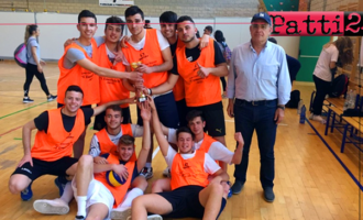 """PATTI – Il Liceo """"Vittorio Emanuele III"""" ha conquistato il titolo provinciale di pallavolo maschile dei Campionati Studenteschi Cus"""