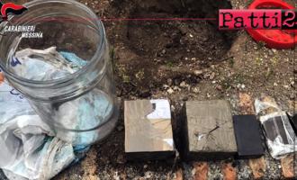 MESSINA – Sgominata banda di spacciatori, nascondevano la droga nei dintorni di un casolare.