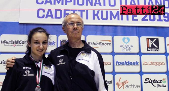 PATTI – Argento per Veronica Orlando nella categoria kumite ai Campionati Italiani di karate.