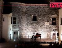 PATTI – Successo del giovane musicista pattese Marco Zappia nelle piu' splendide location dei Nebrodi