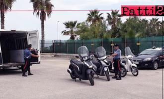S.AGATA DI MILITELLO – Intercettato, abbandona furgone con 4 scooter rubati e fugge. 27enne bloccato e arrestato