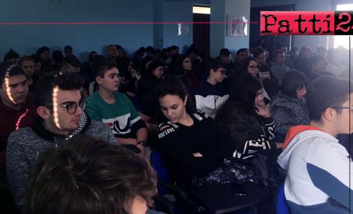 PATTI – Studenti dell'I.I.S. Borghese-Faranda incontrano Daniele Mencarelli.