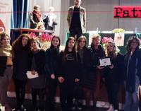 """PATTI – Concorso """"Ricordando Rossella"""". 1° posto sezione video Scuole Secondarie di II grado alla classe IV A Afm dell'IIS Borghese Faranda."""