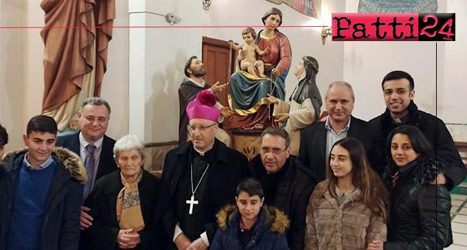 """PATTI – Al Sacro Cuore di Gesù cerimonia di benedizione del """"gruppo"""" raffigurante la Madonna del Rosario di Pompei."""