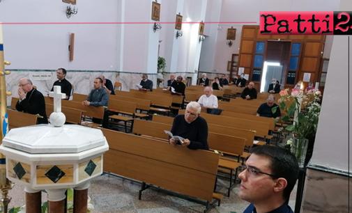 """PATTI – Stamattina al """"Sacro Cuore di Gesù"""" l'adorazione eucaristica."""