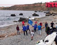 MILAZZO – Volontari liberano la Baia di Sant'Antonio da quintali di plastica.