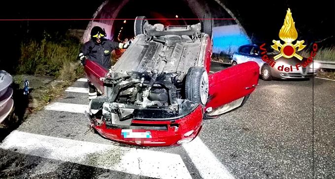 A20 – Incidente nella nottte in prossimità del casello di Villafranca Tirrena. Due passegeri soccorsi.