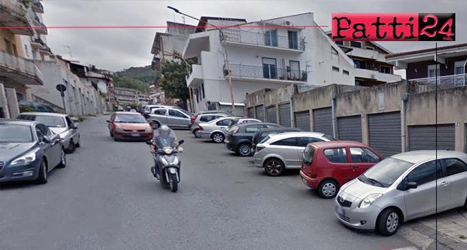 PATTI – Via Francesco Crispi, un'odissea continua, soprattutto per i pedoni