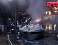 FURNARI – Incendio di un'imbarcazione da diporto ormeggiata al porto turistico di Portorosa.