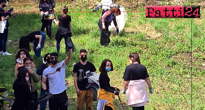 PATTI – 51ª Giornata Mondiale della Terra. Studenti del Liceo e del Borghese-Faranda hanno ripulito spazi verdi.