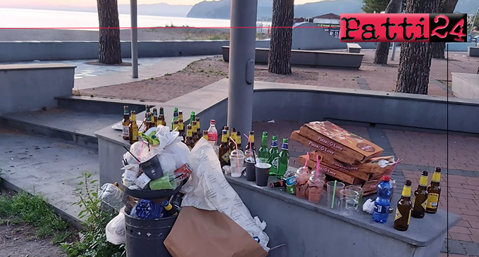 PATTI – Incivili trattano Marina di Patti come discarica pubblica. C'è solo da vergognarsi!