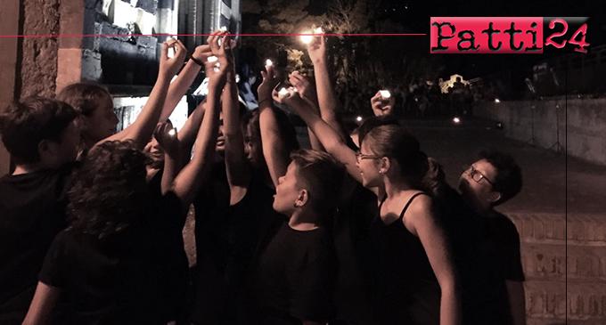 """PATTI – """"Voglio veder. Emozioni in movimento"""". Performance dei ragazzi della """"Pirandello"""" nella suggestiva terrazza della Cattedrale."""