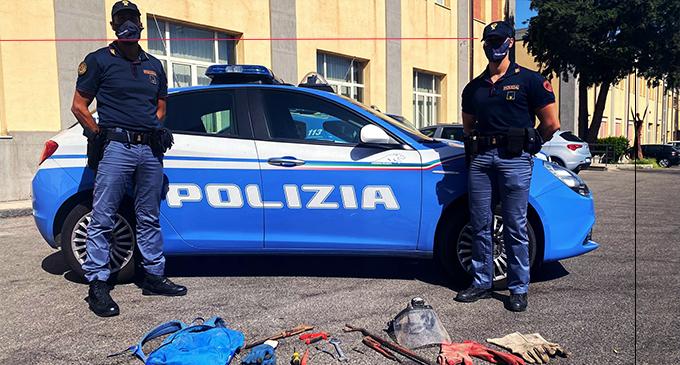 MESSINA – Sorpresi a rubare nell'area dell'ex birrificio Messina. 4 arresti